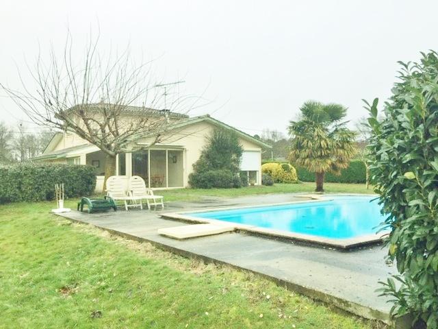 vente contemporaine avec piscine proche de bazas